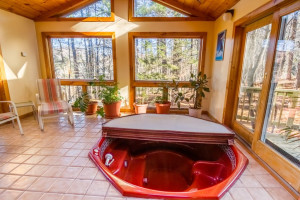 Rental hot tub at The Killington Group.