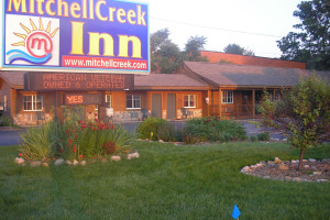 Exterior view of Mitchell Creek Inn.