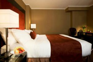 Guest Room at the Metropolitan Hotel Toronto