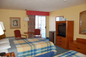 Double guestroom at Tidewater Inn.
