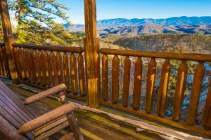 Cabin deck at SmokyMountains.com.