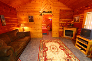 Spacious sitting area at Ozark Cabins.