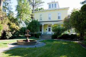Exterior view of Ink House Bed & Breakfast.