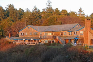 Exterior view of Kalaloch Lodge.