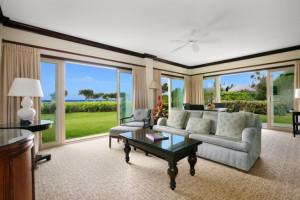 Vacation rental living room at Kauai Calls!