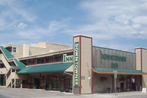 Exterior view of Downtowner Inn.