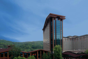 Welcome to Harrah's Cherokee Hotel and Casino