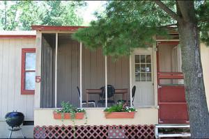Cabin exterior at Lake Edward Resort.
