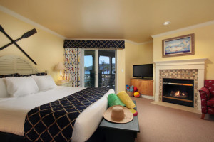 King Bedroom at Avila Lighthouse Suites
