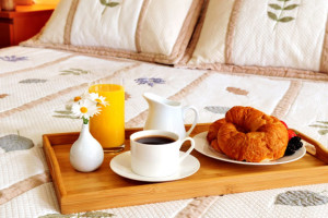 Continental Breakfast at America's Best Value Inn San Mateo/San Francisco