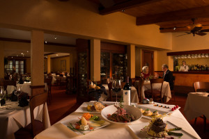 Dining at TradeWinds Island Grand.