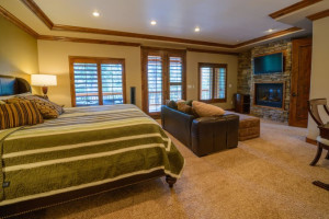 Cabin bedroom at Family Time Vacation Rentals.