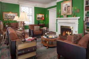 Commons living room at Inn At Lake Joseph.