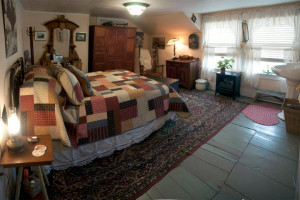 Guest bedroom at Inn at the Ridge.