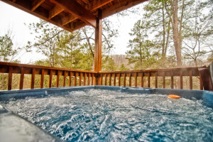 Cabin jacuzzi at Accommodations by Parkside Resort.