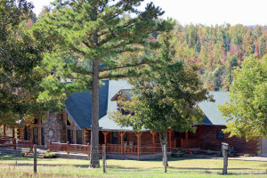 Exterior view of Saddleback Lodge.
