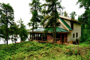 Exterior view of Falcon Trails Resort.