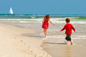 Kids on beach at Palacio Perdido Key.
