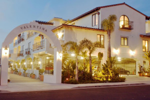 Valentina Suites is located in the heart of Pismo Beach.  Steps from shops, restaurants, the beach and wine tasting