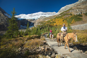 Horseback riding at Mountaineer Lodge.