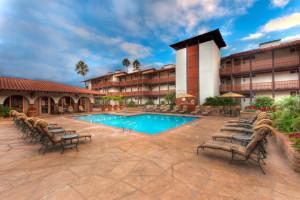 Outdoor pool at La Jolla Shores Hotel.