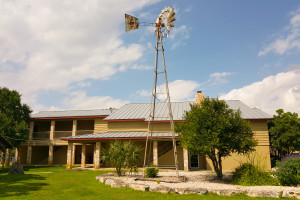 Exterior view of Flying L Guest Ranch.