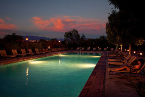 Outdoor pool at  Hotel Albuquerque.