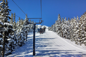 Skiing at Discover Sunriver Vacation Rentals.