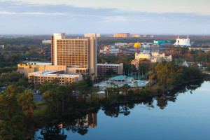 Aerial view of Wyndham Lake Buena Vista.