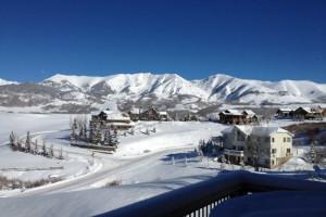 Winter mountains at Alpine Getaways.