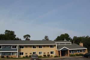 Exterior view of Nichols Inn and Suites.