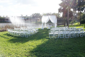 Outdoor wedding at Inn at Pelican Bay.