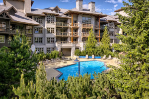 Exterior view of The Coast Blackcomb Suites at Whistler.