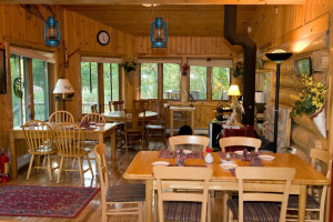 Dining room at Blue Heron Bed & Breakfast.