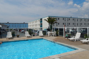 Outdoor pool at Seabonay Motel Ocean City.