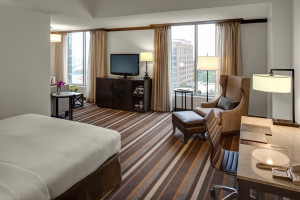 Guest room at Hilton Dallas/Park Cities.