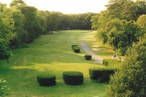Indian Island Golf Course near The Drake Inn Hampton Bays.