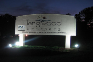 Enterance to Tanglwood Resort