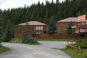 Exterior View of Lolo Lodge