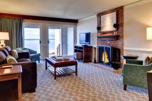 Guest living room at Kingsmill Resort.