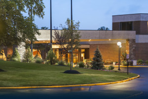 Exterior View of Hilton Woodcliff Lake