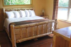 Master King Bedroom at Sunrise Ridge cabin