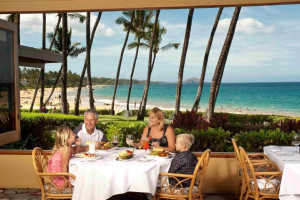 Family dining at Mana Kai Maui.