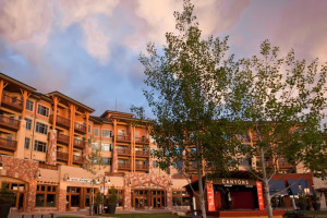 Exterior view of All Seasons Resort Lodging.