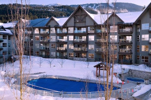 Exterior view of Blackcomb Peaks Accommodations.