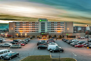 Exterior view of Holiday Inn Laval - Montreal