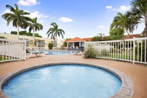 Outdoor pool at Howard Johnson Ponce PR.