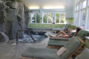 Spa pool at Stoweflake Mountain Resort & Spa.