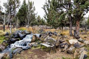 Vacation rental backyard at Vacasa Rentals Eagle Crest.