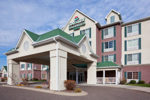 Exterior view of Country Inn & Suites By Carlson, St Paul NE.